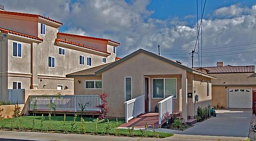 Assisted Living Redondo Beach Front Americare